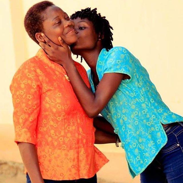 photo Afi Affoya et maman